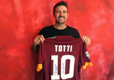 All'Asta la Maglia di Totti per Roma Legends
